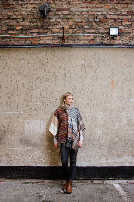 http://substantiellesminimum.de/files/gimgs/120_10-poncho-sconcho-made-from-upcycled-scarfs.jpg