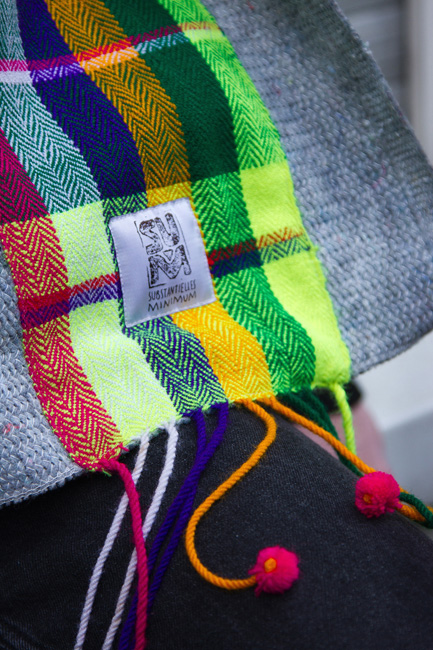 http://substantiellesminimum.de/files/gimgs/120_33-scarf-mascha-made-from-upcycled-moving-blanket.jpg