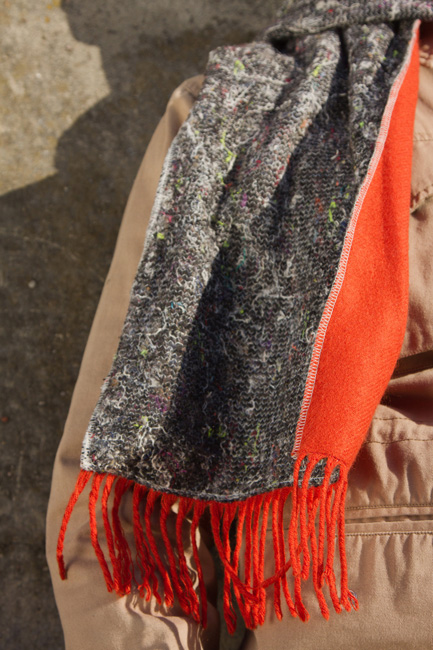 http://substantiellesminimum.de/files/gimgs/120_58-scarf-mascha-made-from-upcycled-moving-blanket.jpg
